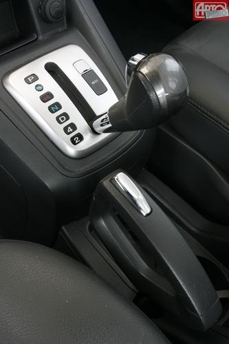 Каталог автомобилей Chevrolet Captiva 2006-2011 кроссовер.