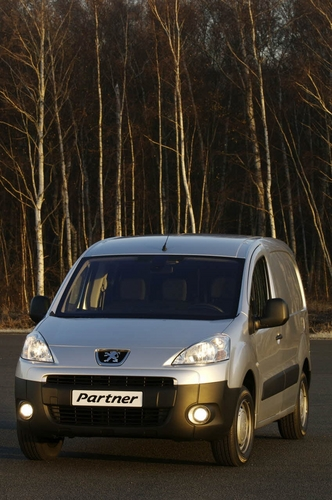 Коробка передач.  Peugeot. каталога автомобилей. фото из.  Минивэн, цвет синий, среднее сост., ABS...